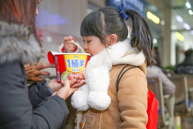 春节情感营销泛滥,品牌如何另辟蹊径
