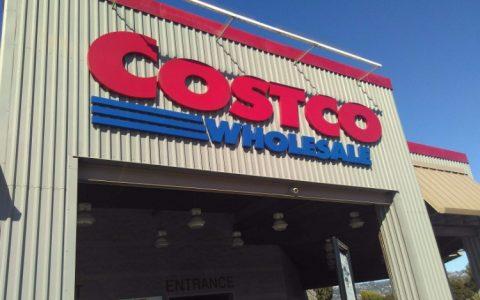 Costco开业被疯抢,这家靠卖会员挣钱的超市到底牛在哪